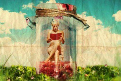 Frau Rotes Buch