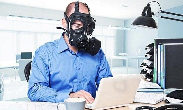 Wie geht man am besten mit toxischen Arbeitskollegen um?