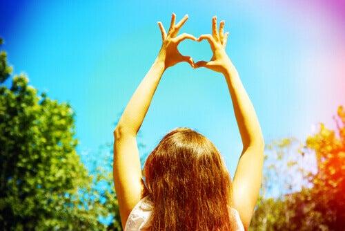 Liebe dich, um geliebt zu werden