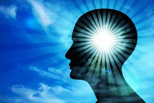 Silhouette-Mann-beleuchteter-Kopf
