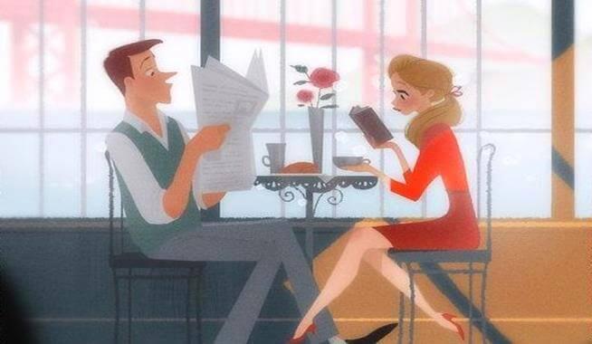 Paar sitzt am Tisch