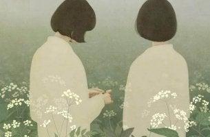 Einen Menschen wirklich kennenlernen heißt, mehr als nur Äußerlichkeiten in Betracht zu ziehen, auch wenn uns diese einander so nahebringen, wie die zwei Frauen auf diesem Bild.