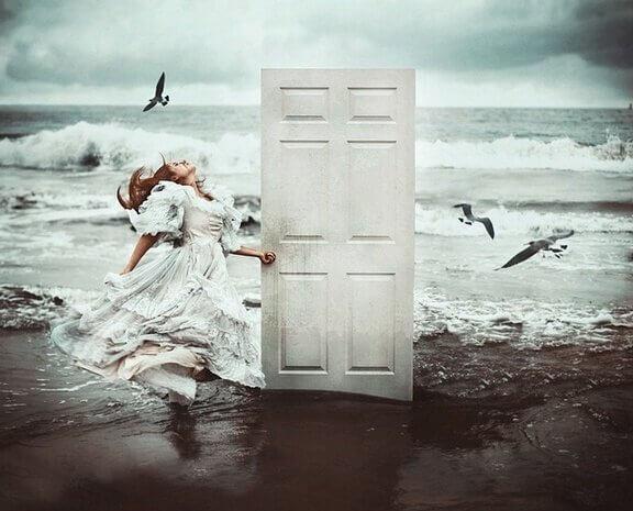 Eine tür  Wenn eine Tür sich schließt, öffnet sich eine andere - Gedankenwelt