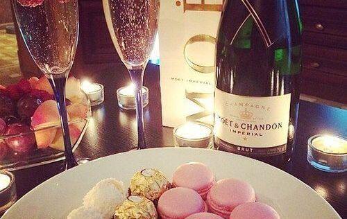 Selbst wenn Champagner auf der Tagesordnung steht, das Quäntchen Unglück bleibt