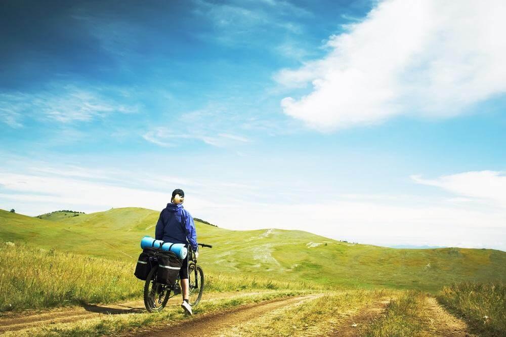 Mit dem Fahrrad unterwegs zum Horizont