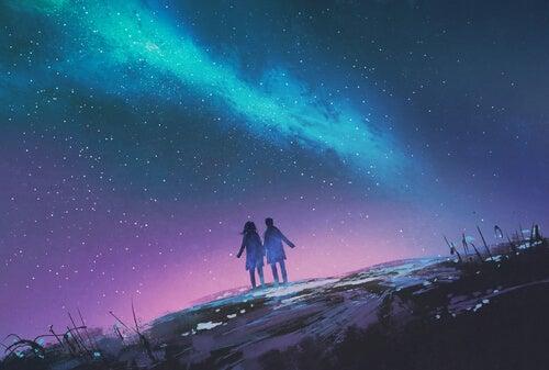 Pärchen unter dem Sternenhimmel
