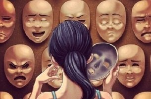 Erkennen, dass wir belogen werden - Frau steht vor einer Wand voller Masken