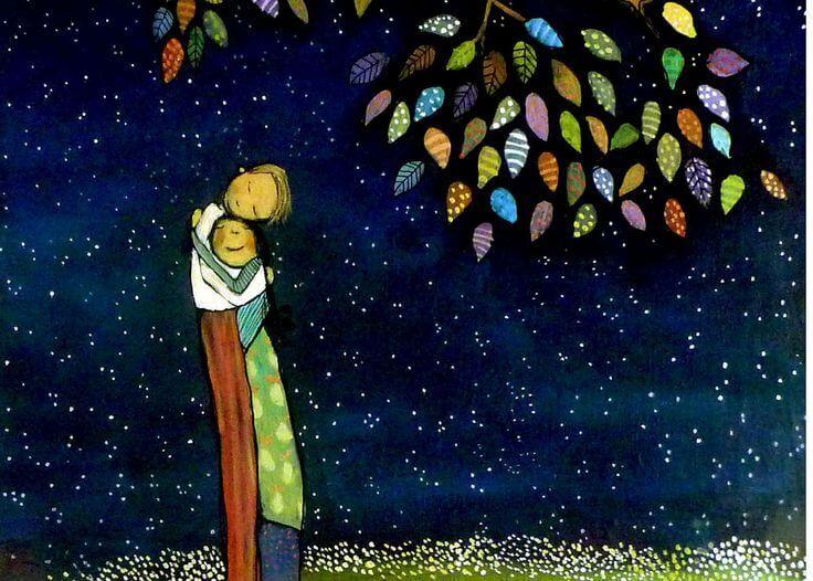 Paar umarmt sich in der Nacht