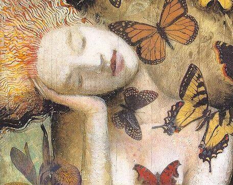 Frau mit Schmetterlingen