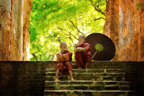 5 wundervolle buddhistische Erzählungen, die dich weiser machen