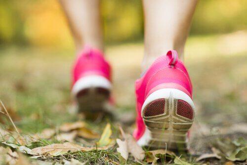 Indem man Zeit im Freien verbringt, fördert man Geist und Körper