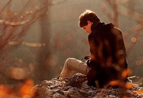 mann-in-einsamkeit