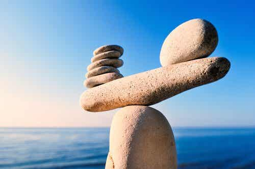 Die Balance finden: 5 Strategien für ein ausgeglicheneres Leben