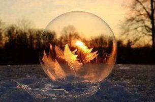 gefrorene-seifenblase