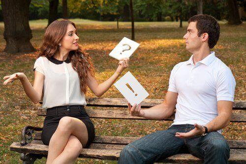 assertive Kommunikation - Paar das sich nicht versteht