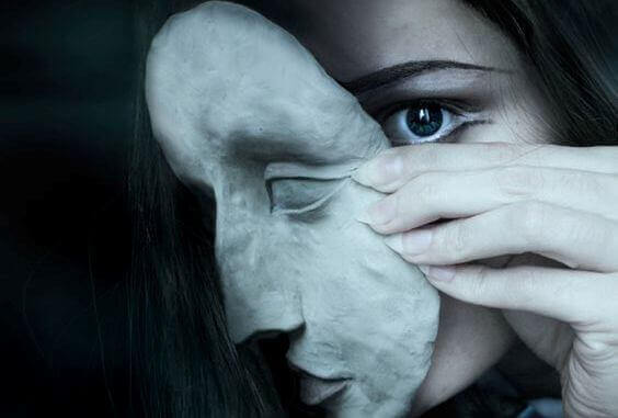 Emotionen zu unterdrücken ist ein Risikofaktor für Lebererkrankungen