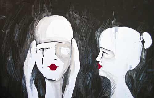 Lob kann zu Eitelkeit führen und Kritik kann die Augen öffnen
