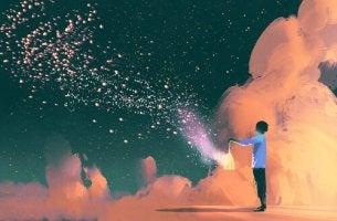 Aus einer Laterne sprühen Funken in den Himmel