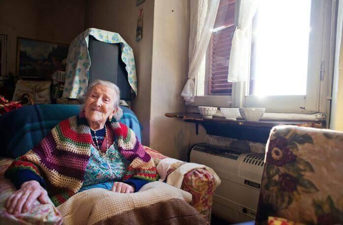 Das Singledasein: der Schlüssel zu einem langen Leben laut einer 116 Jahre alten Frau
