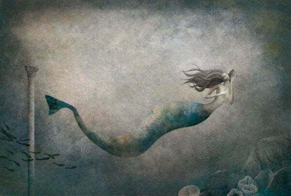 Eine Nixe schwimmt unter Wasser und lauscht dabei an einer Muschel.