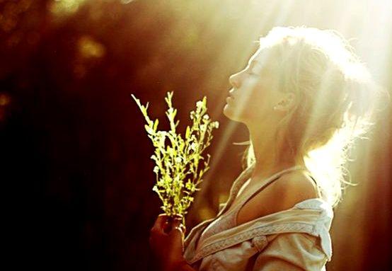 Das Herz strahlen lassen und anderen ein Licht in der Dunkelheit sein