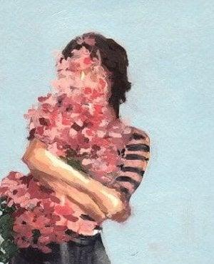 Der gleiche Mensch wie zuvor - Frau mit Blumen im Arm