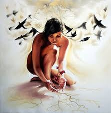 Frau mit Vögeln im Hintergrund