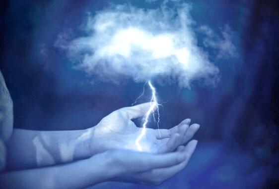 Blitz in die hohle Hand