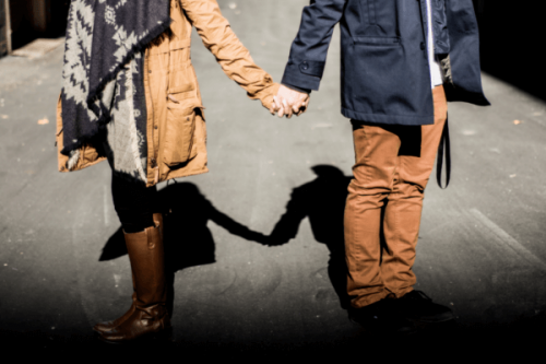Wie man die Kommunikation in einer Beziehung verbessern kann