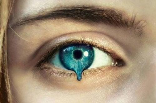 Die Traenen des Schweigens sind oft unsichtbar.