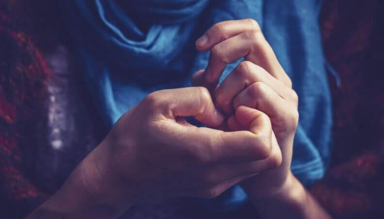 Nervöse Hände