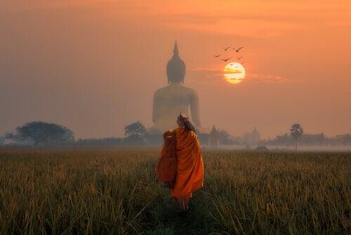 Der vergiftete Pfeil: Eine buddhistische Geschichte, die dich mit deinem Ich konfrontiert
