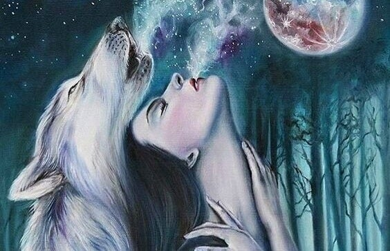 Frau heult mit Wolf