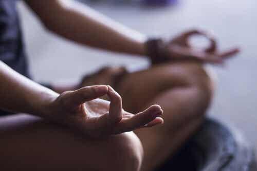 4 fundamentale Schritte, um jetzt das Meditieren zu lernen