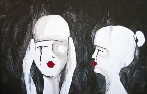 Zwei Menschen, die sich unterhalten und sich in Ekpathie üben