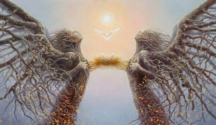 Zwei Engel aus Wurzeln nähern sich an