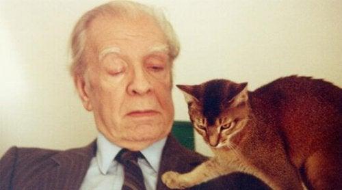 Jorge Luis Borges mit einer Katze