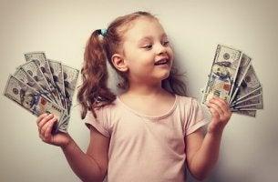 Rich-Kids-Syndrom - Kind mit Geldscheinen