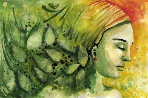 In Grün gemalte Frau mit geschlossenen Augen