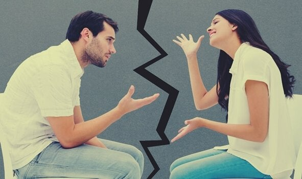 Ein Paar, dass sich streitet
