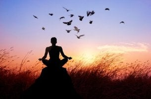 Buddhistische Wege, um Leiden zu beenden