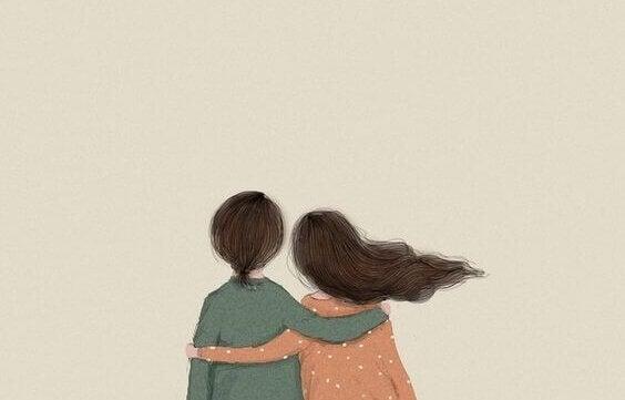 Paar hält sich im Arm