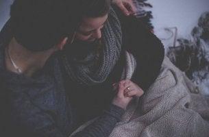 Probleme in der Beziehung ansprechen - trotz aller Liebe keine leichte Aufgabe