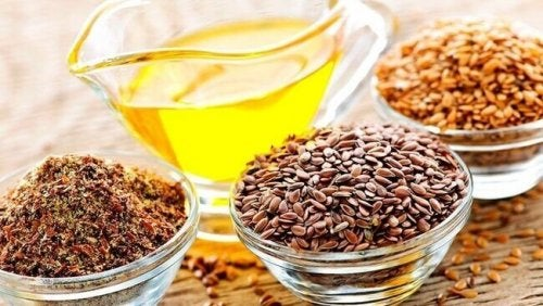 Samen und Öle, die reich an Omega-3-Fettsäuren sind