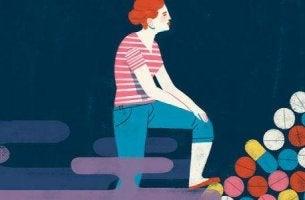 Arten von Antidepressiva - Frau steht auf Pillen