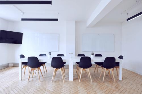 Der Restorff-Effekt kann in vielen unterschiedlichen Situationen genutzt werden, zum Beispiel bei Präsentationen.