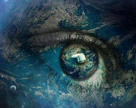 Kosmischer Blick eines überdimensional großen Auges.