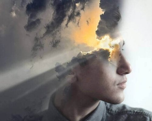 Ein Mann mit einem Kopf aus Wolken und Sonnenschein