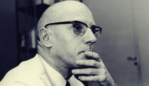 5 eindrucksvolle Zitate von Foucault