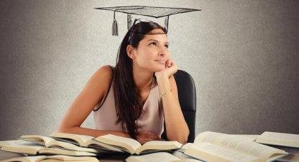 Lernende Frau